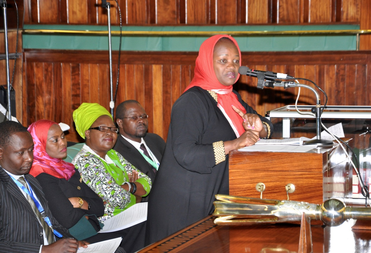 Hon Nusura Tiperu rises in support of the EAC Youth Council Bill, 2017