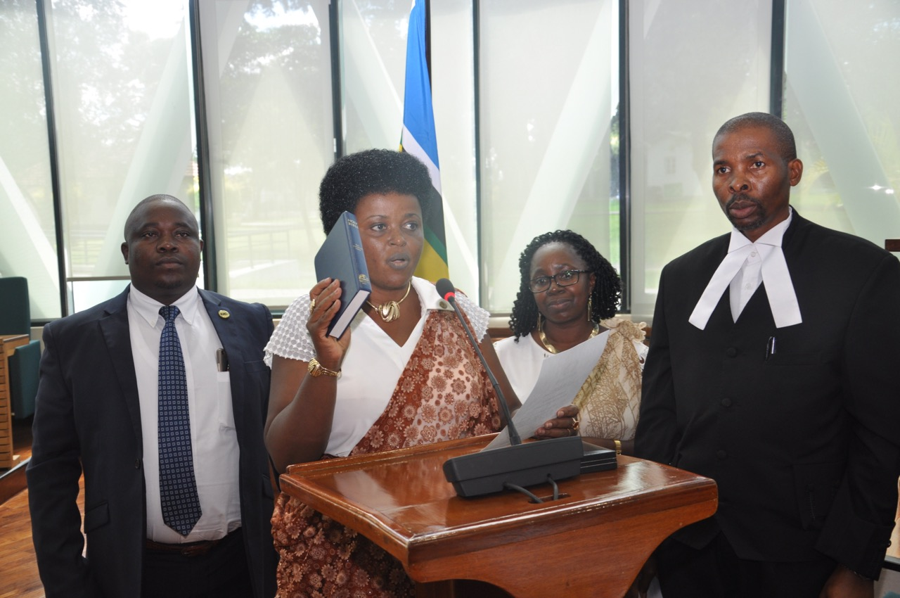Hon Ndahayo takes the Oath of Allegiance as an Ex-Officio Member of the Assembly.